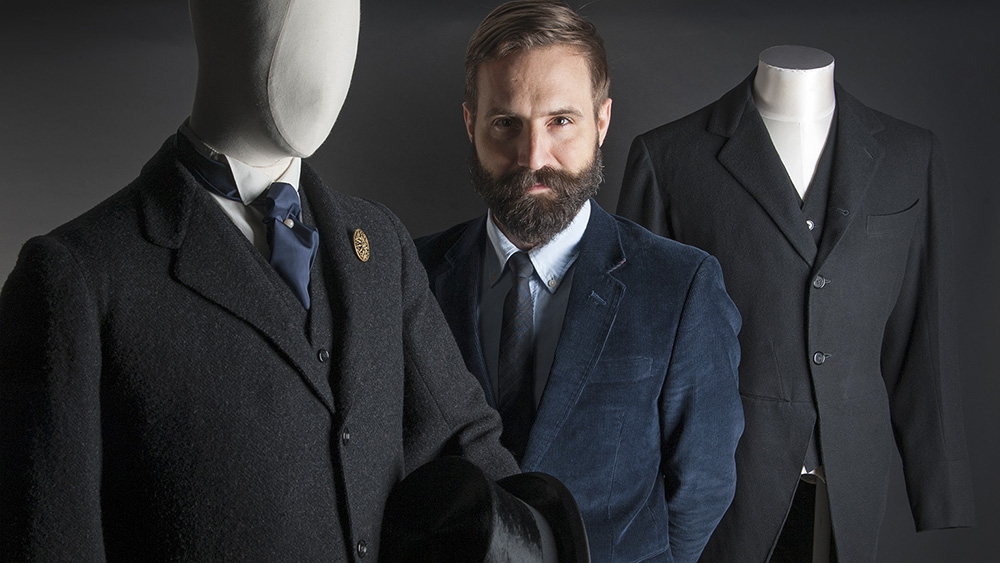 Fashion talk with Timothy Long - © Museum of London