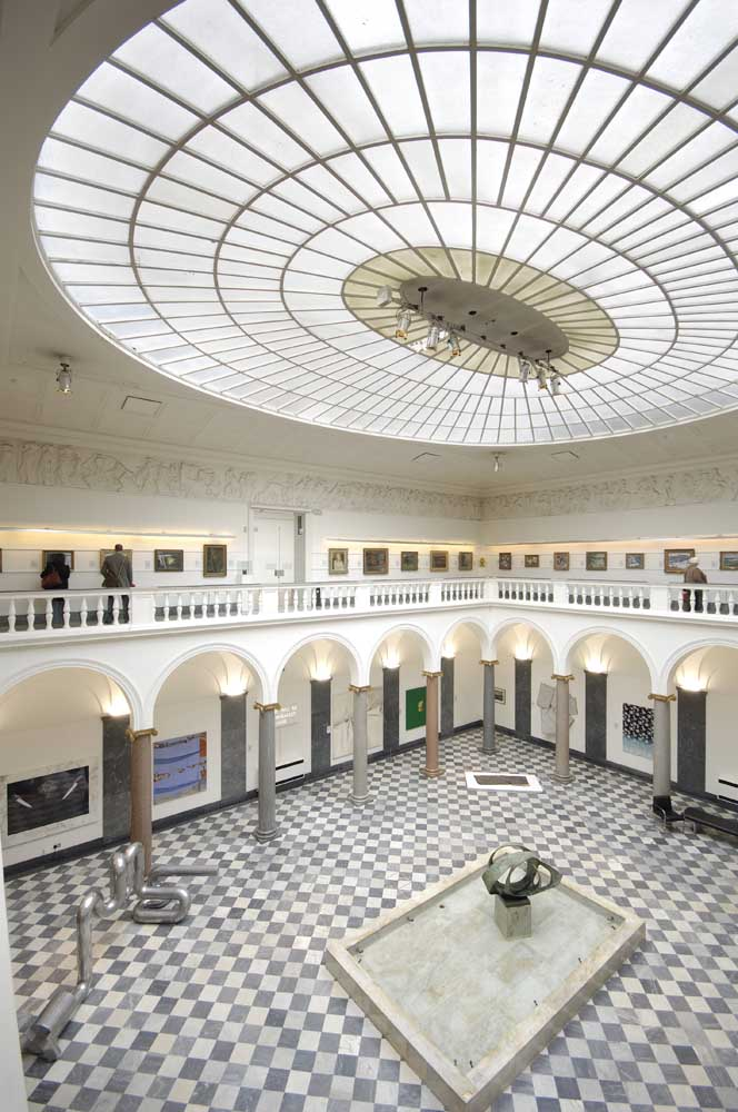 1. Aberdeen Art Gallery - Free to all