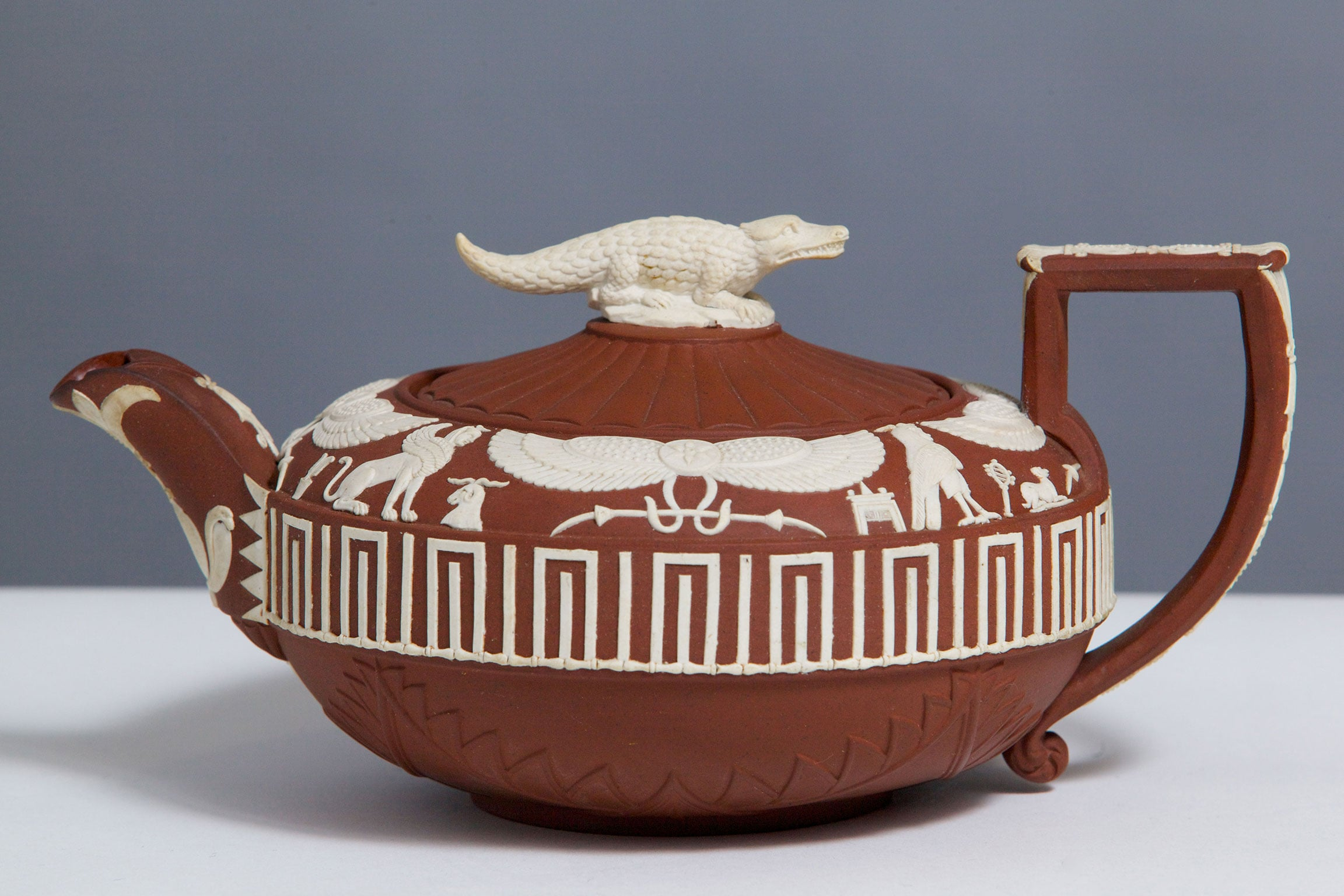 7. Egyptian-style teapot with crocodile finial, 1800 - Courtesy The Wedgwood Museum. Photo: © Phil Sayer
