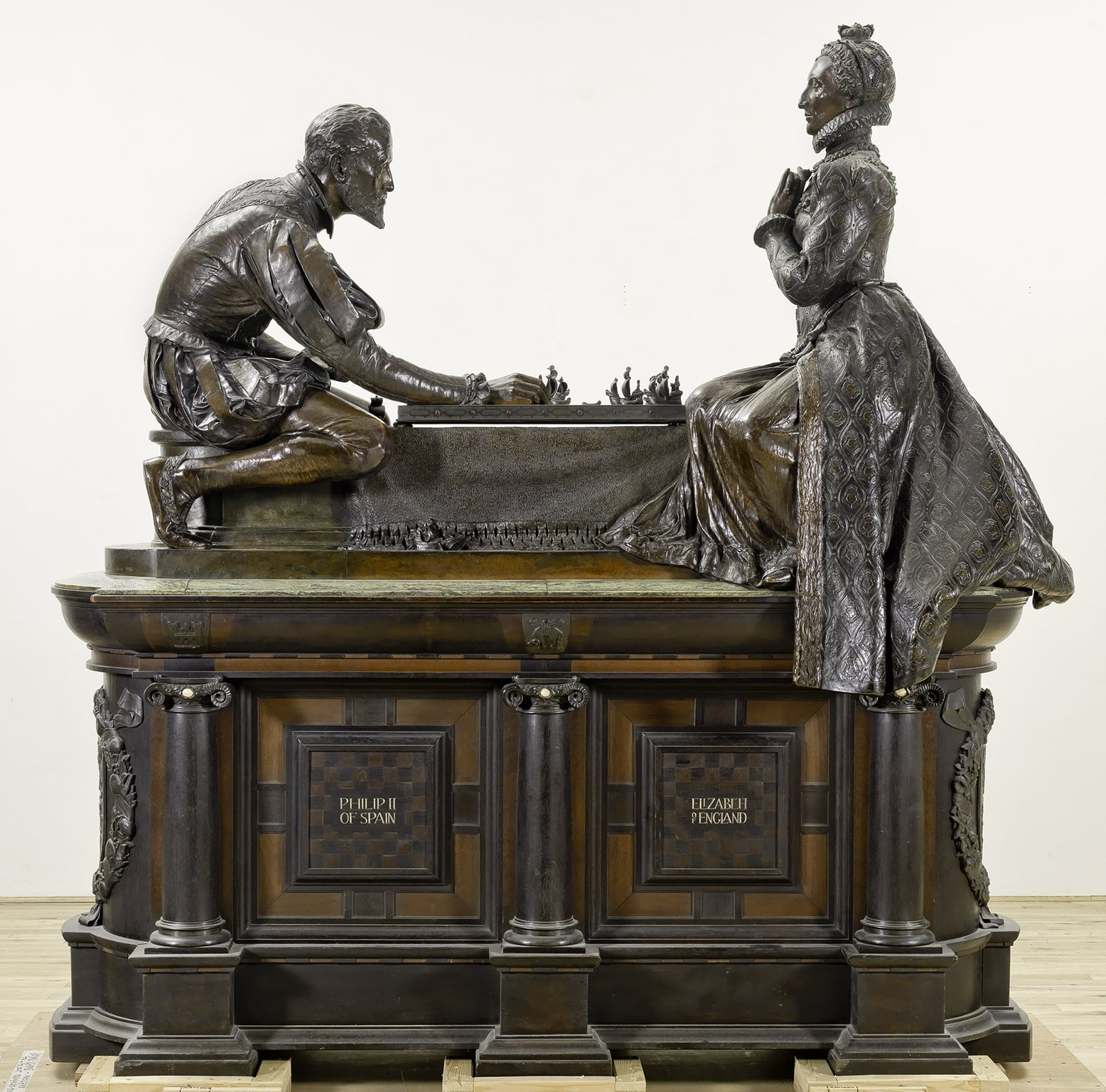 3. Sculpture Victorious, Tate Britain - Sir William Reynolds-Stephens, A Royal Game, 1906-11. © Tate
