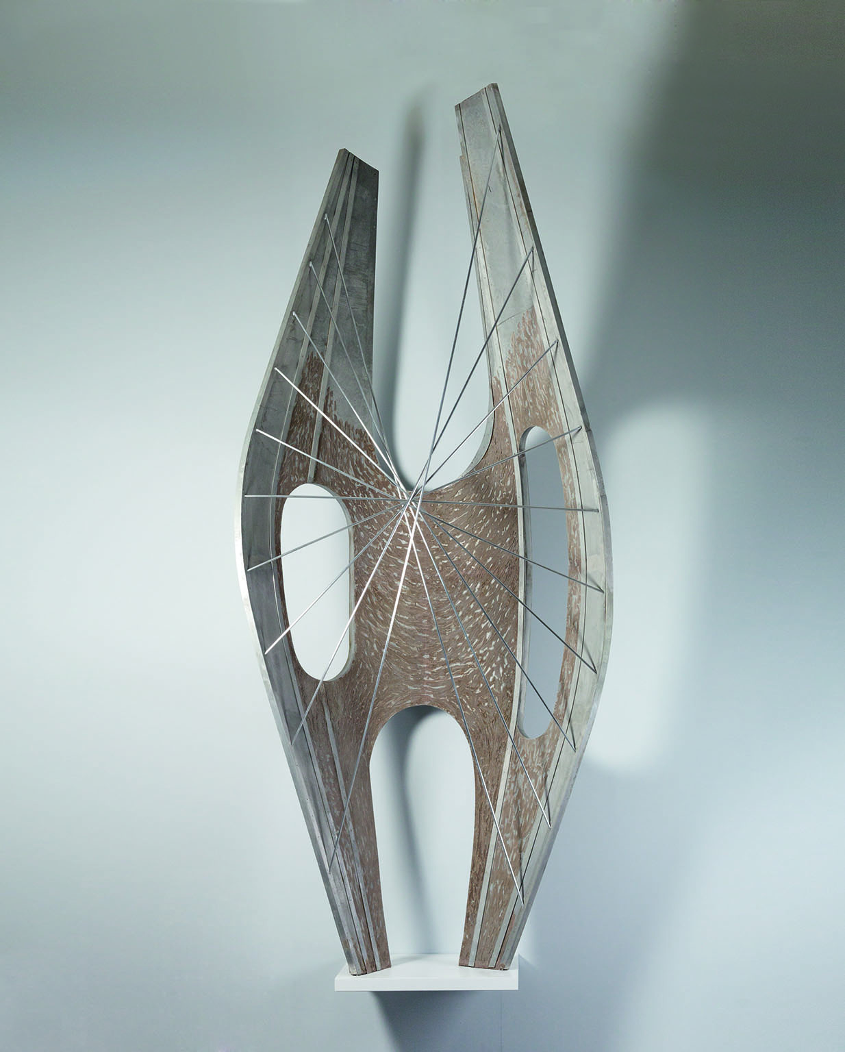 Full scale model of Winged Figure, 1961-2, The Hepworth, Wakefield - © Bowness, Hepworth Estate