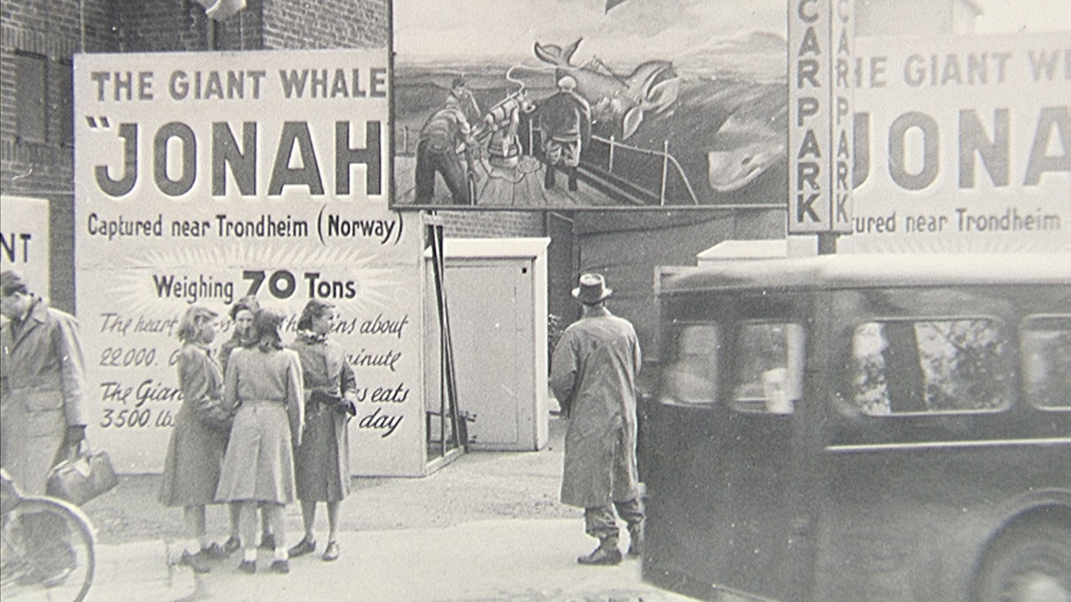 Jonah the Whale Show, Rugby Fair, 1954 - Photograph by Jack Leeson