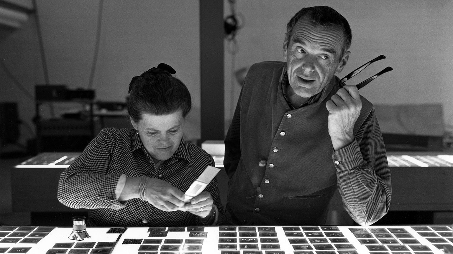 1. The World of Charles and Ray Eames, Barbican Art Gallery. Reduced price with National Art Pass - Charles and Ray Eames selecting slides © Eames Office LLC