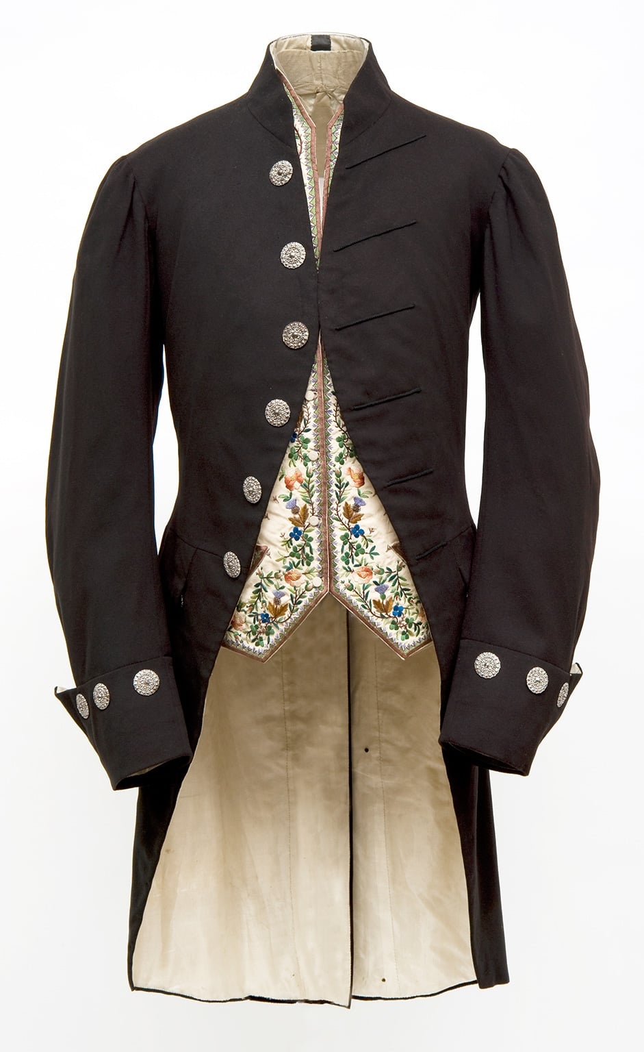 Court suit, 1867, by Henry Poole and Co., worn by H E Surtees