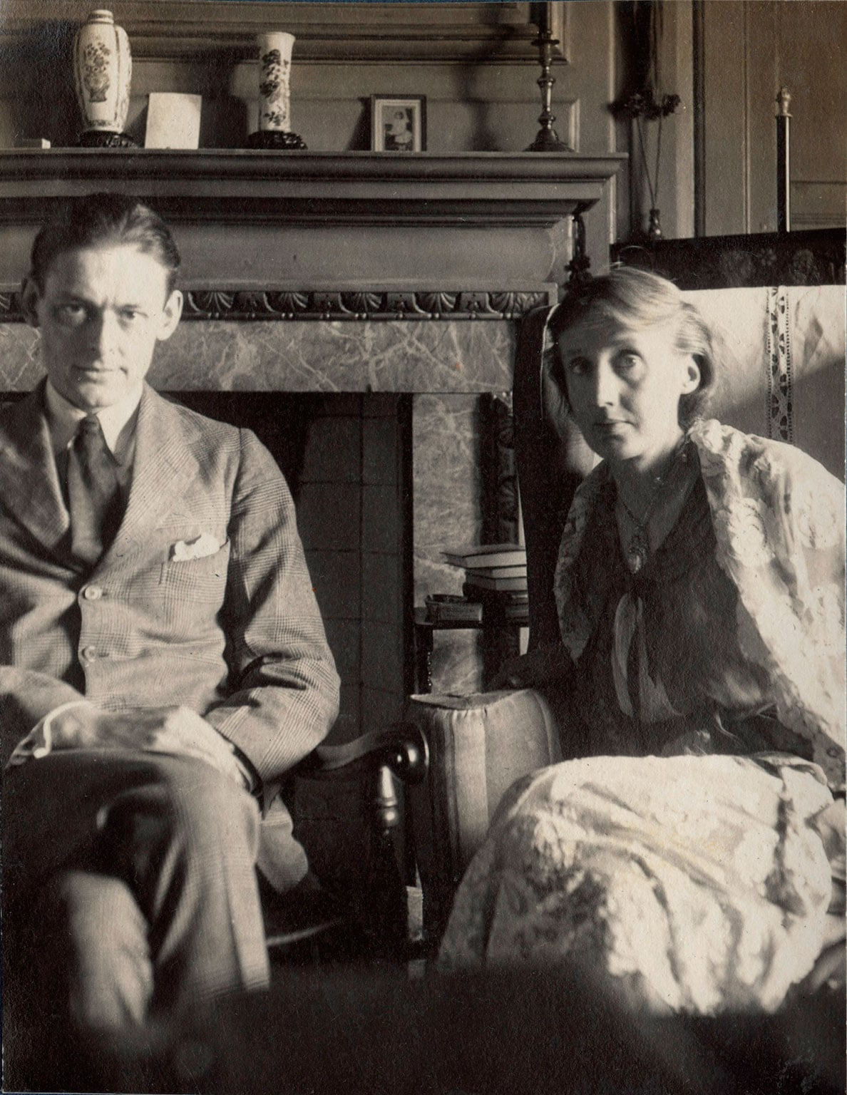 the life and struggles of virginia woolf Virginia woolf was an english author and novelist who wrote modernist classics check out this biography to know about her childhood, family life, achievements and other facts related to her life.