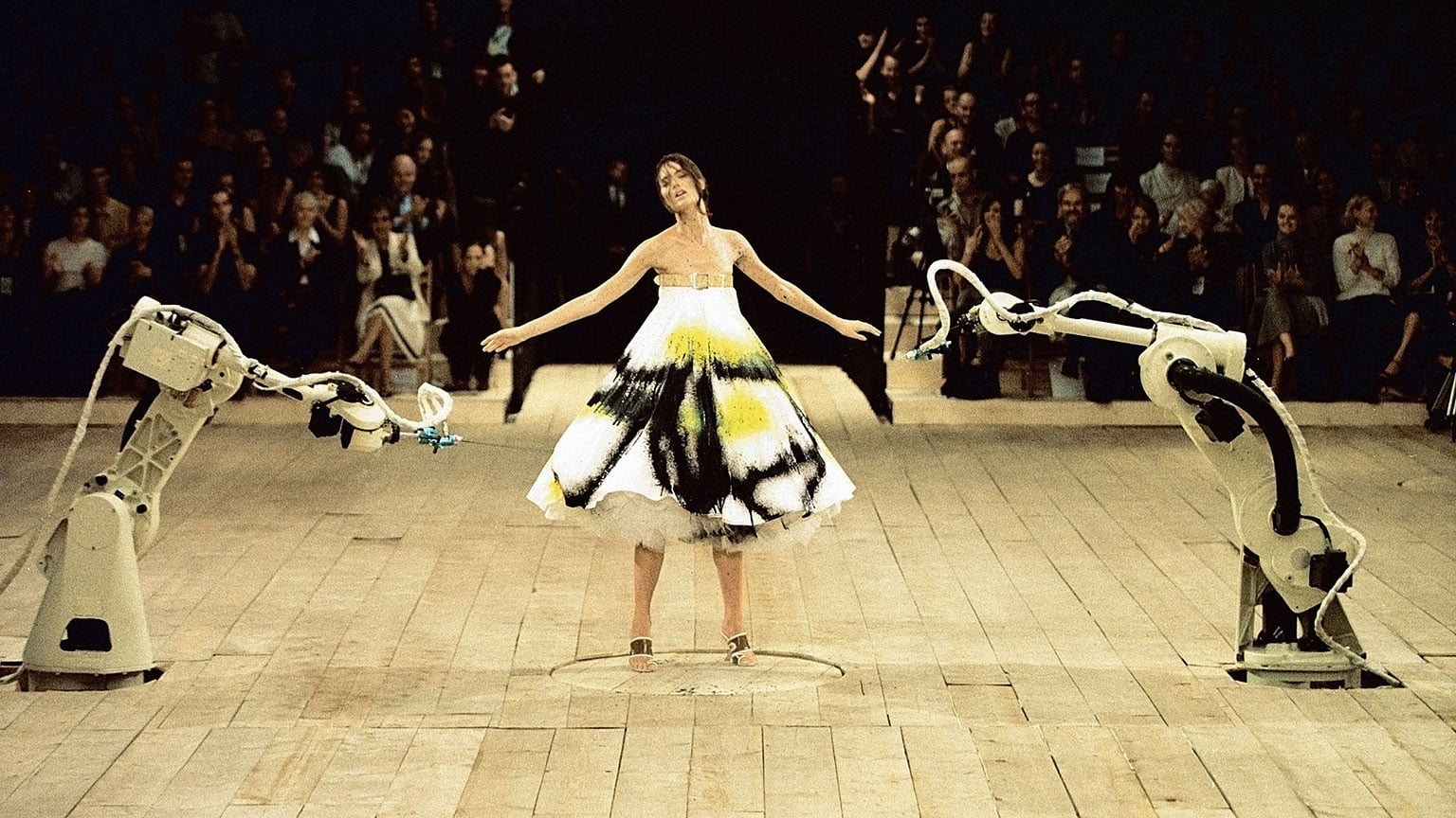 Finale of No 13, Spring/ Summer 1999, featuring model Shalom Harlow - Image: Catwalking