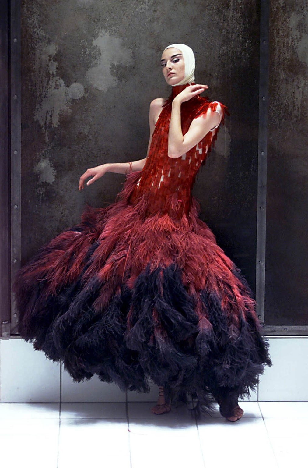 Alexander McQueen, Dress of dyed ostrich feathers and hand-painted microscopic slides, Voss, S/S 2001