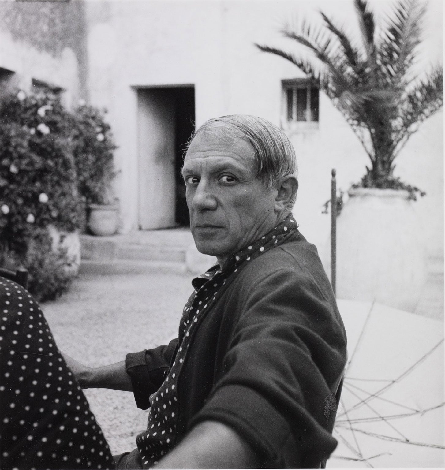 5. Lee Miller and Picasso, Scottish National Portrait Gallery, 50% off with National Art Pass - Lee Miller, Picasso Hôtel Vaste Horizon, Mougins, 1937 © Scottish National Gallery of Modern Art