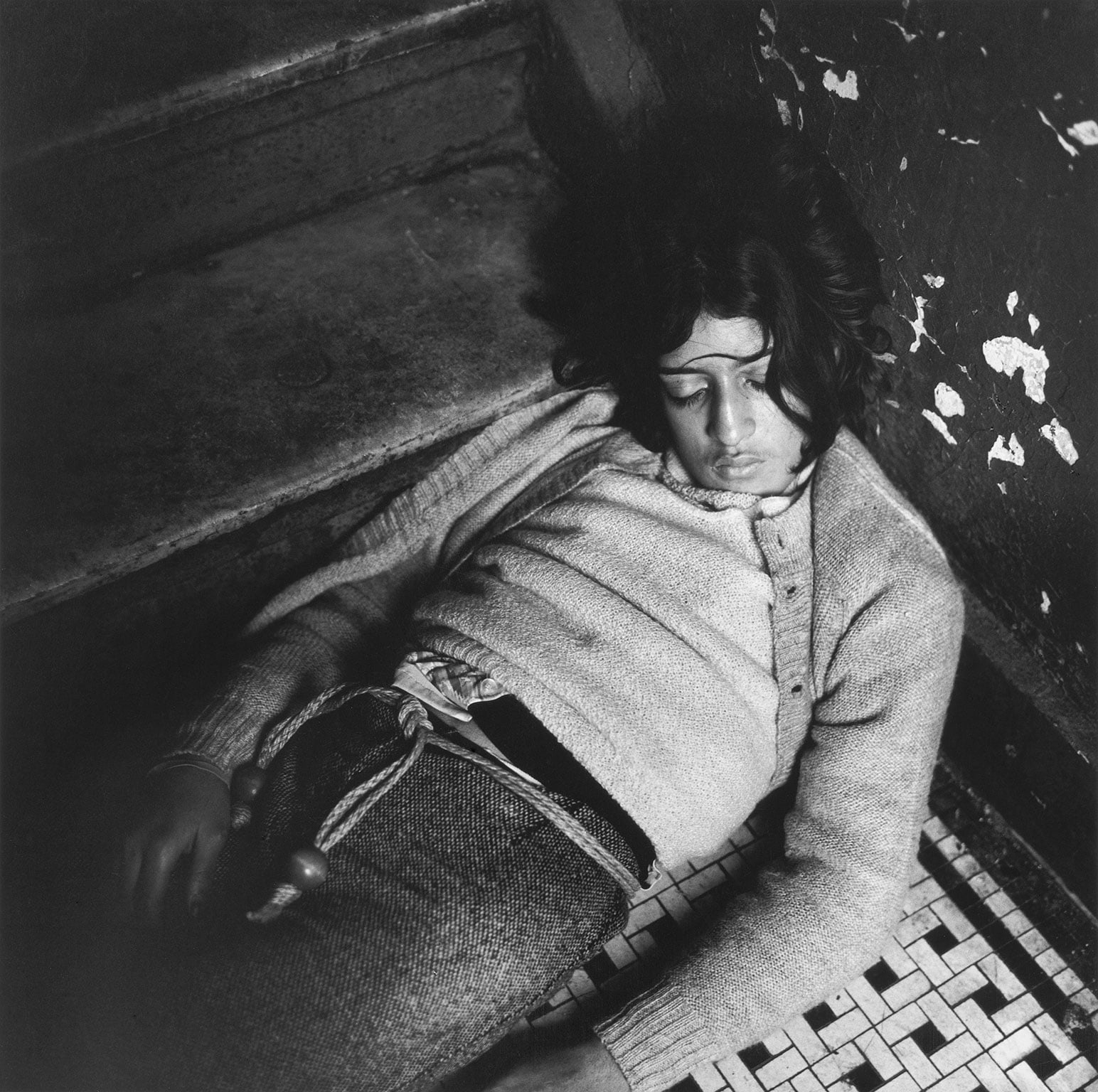 Art From Elsewhere, Birmingham Museum - Peter Hujar, Girl in my Hallway, 1976 © The Peter Hujar Archive, courtesy Matthew Marks Gallery, New York