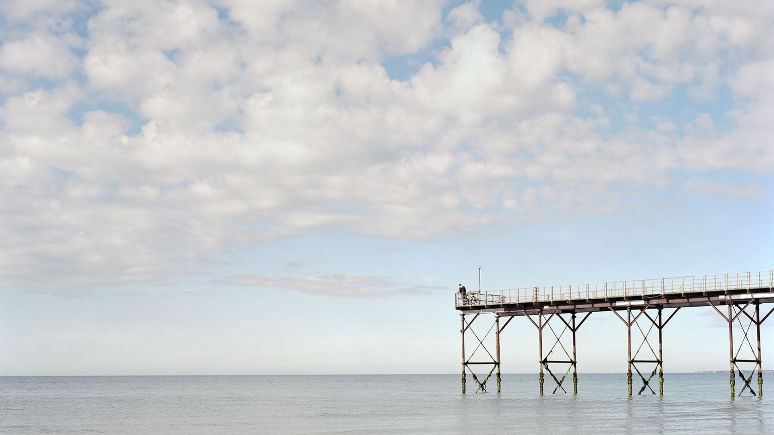 1. Pierdom: Photographs of Britain's Piers by Simon Roberts, Brighton Museum and Art Gallery, free with National Art Pass - Bognor Regis © Simon Roberts. Courtesy Flowers Gallery