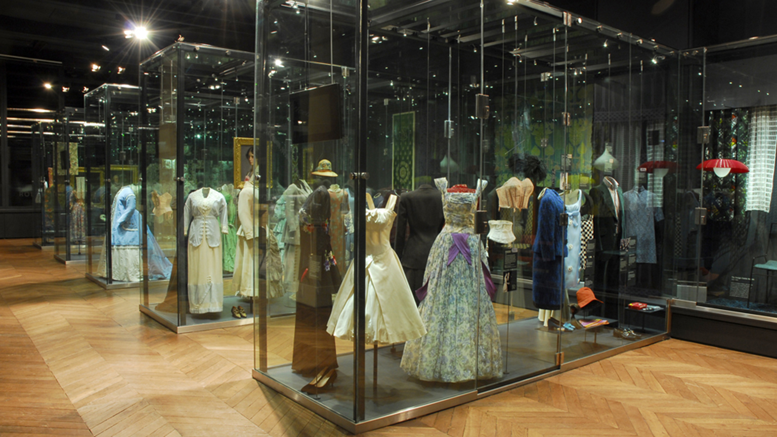 Fashion and Textiles Gallery