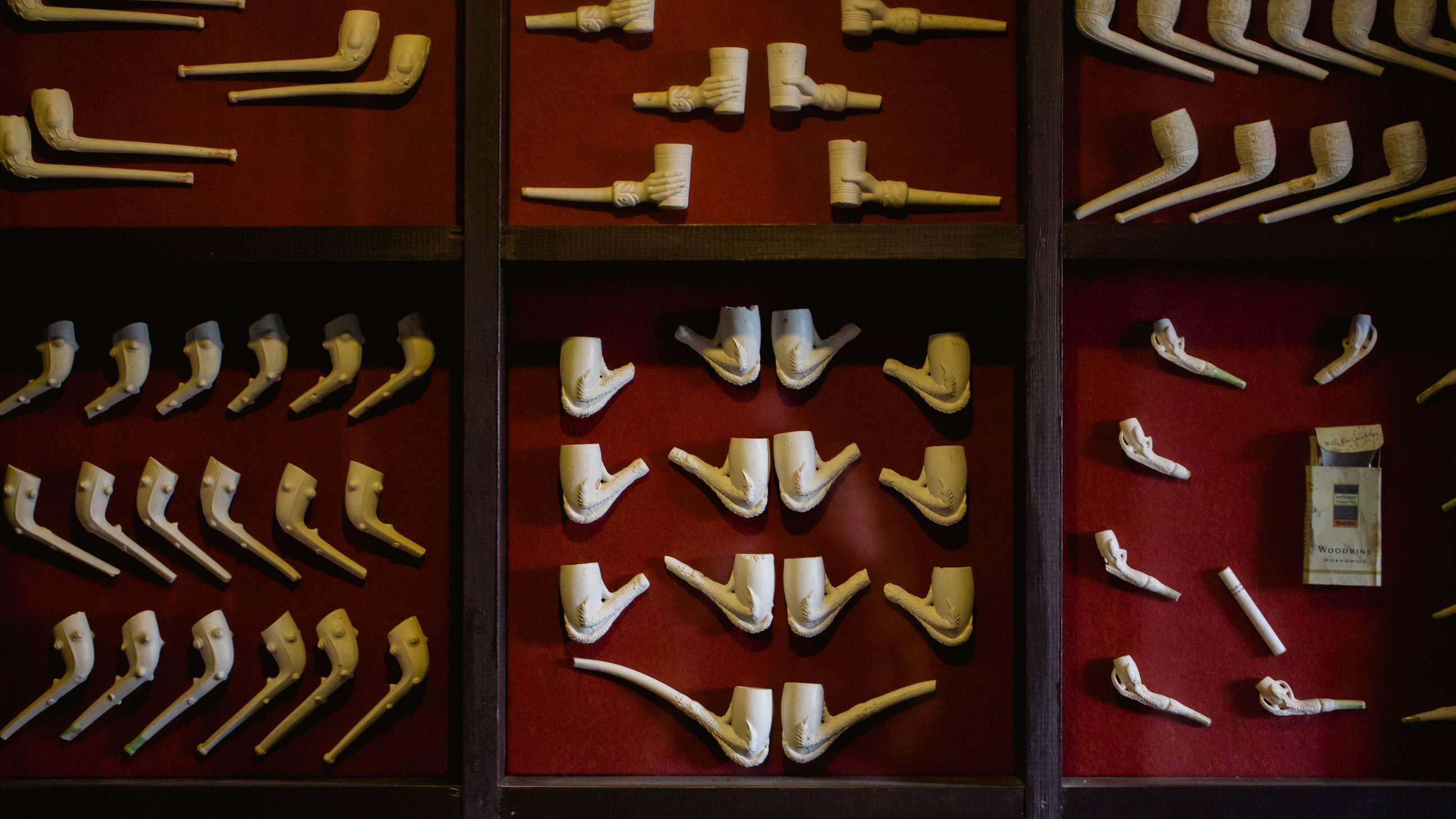 Clay Tobacco Pipe Displays