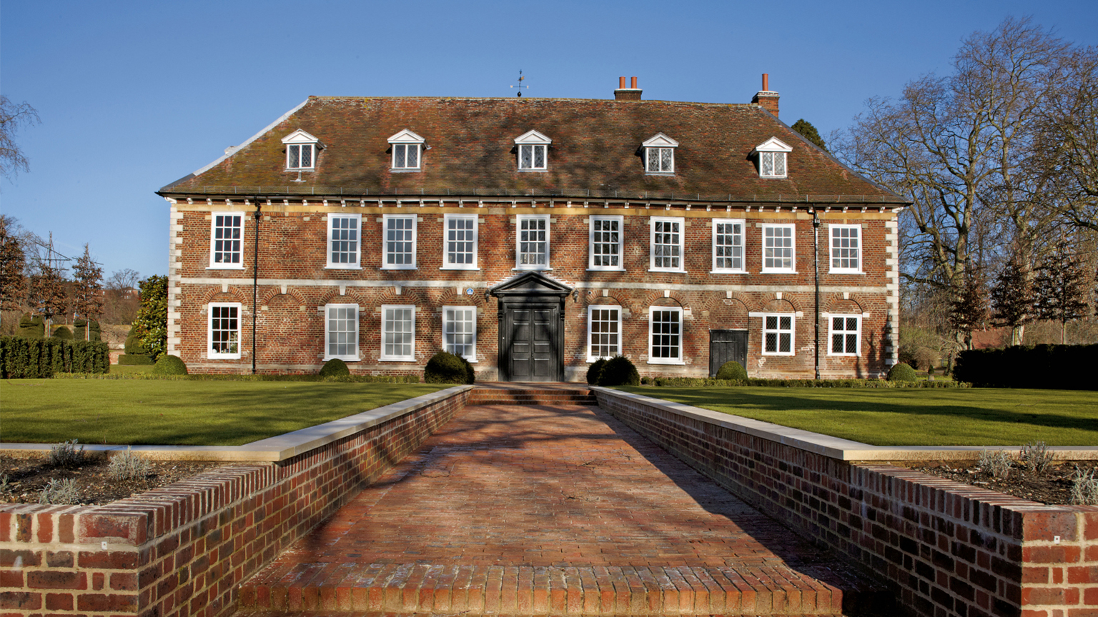South front, Hall Place & Gardens