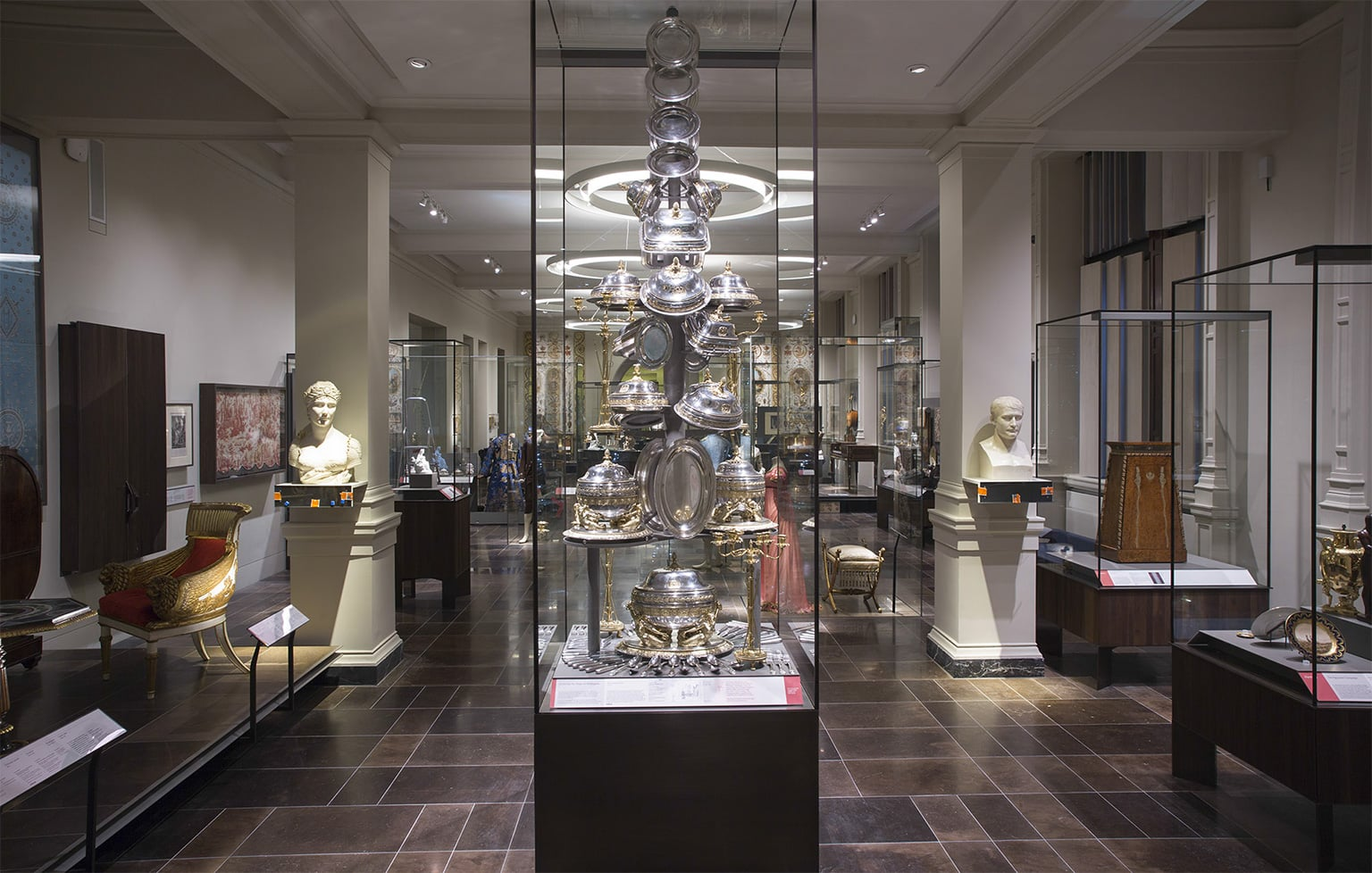 Victoria and Albert Museum (V&A) London - Art Fund on