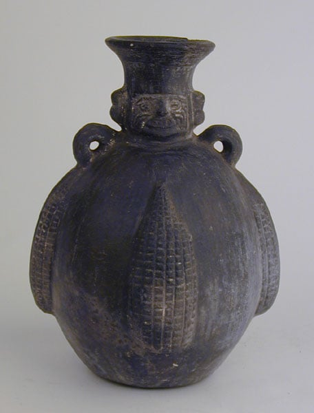Collection of six pieces of Peruvian pottery