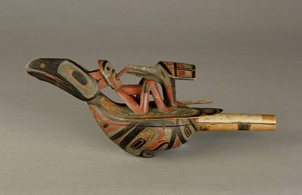 Collection of 23 ethnographical specimens & pieces of jewellery
