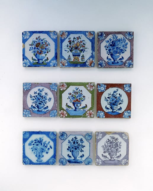 Collection of 472 tiles