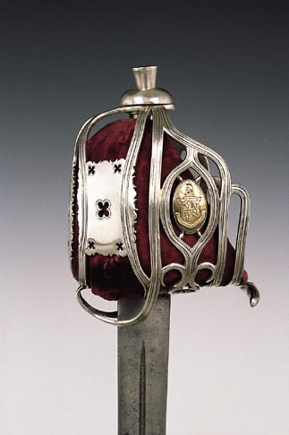 Highland Broadsword with silver hilt