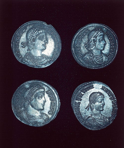 The Stanchester Hoard of 1196 Roman Coins