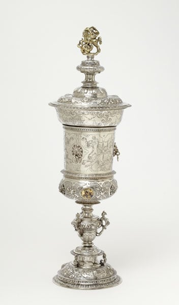 Pair of Torah finials & pair of cups and covers