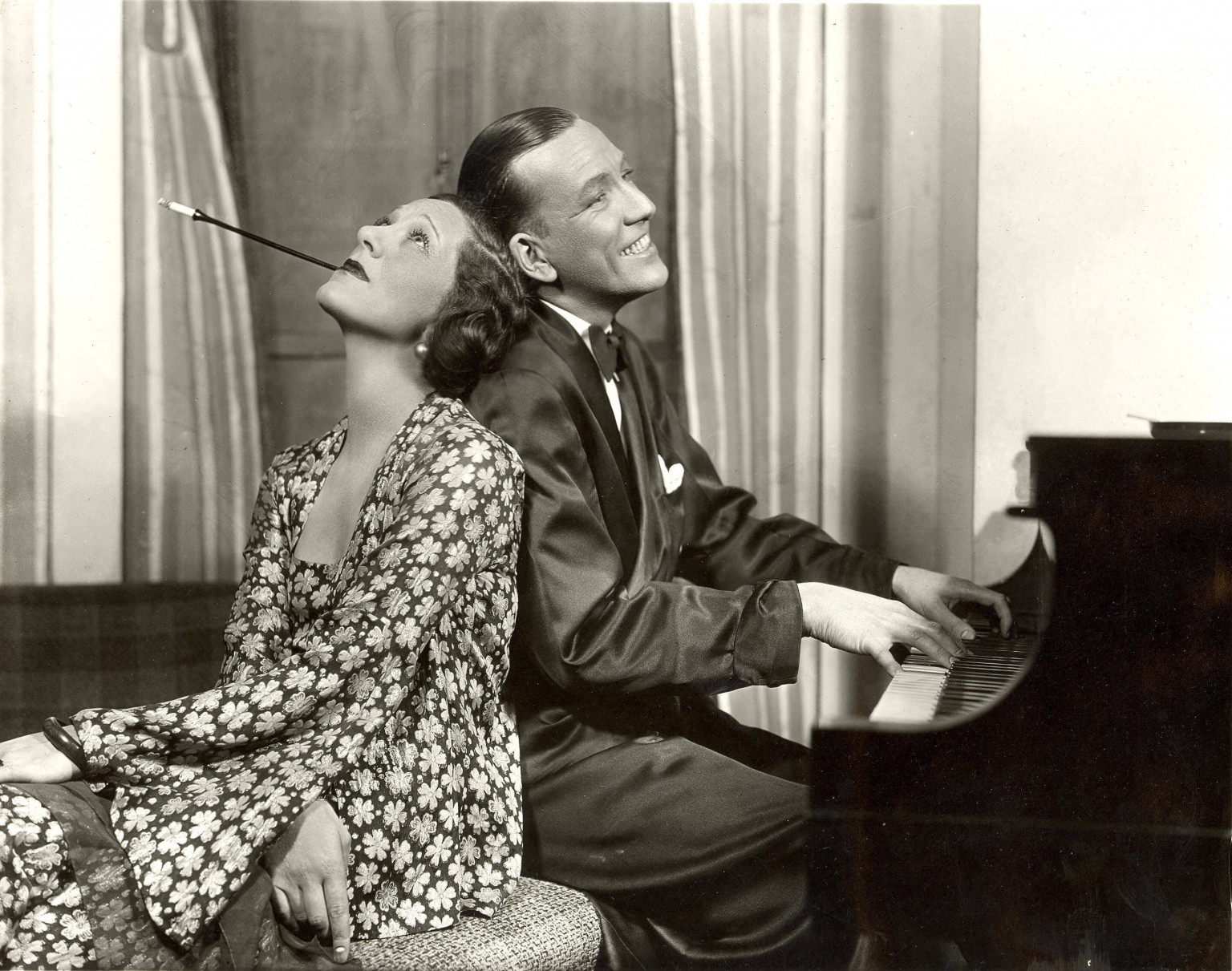 Gertrude Lawrence and Noël Coward in Private Lives, 1931 - Times Square Theatre, New York.