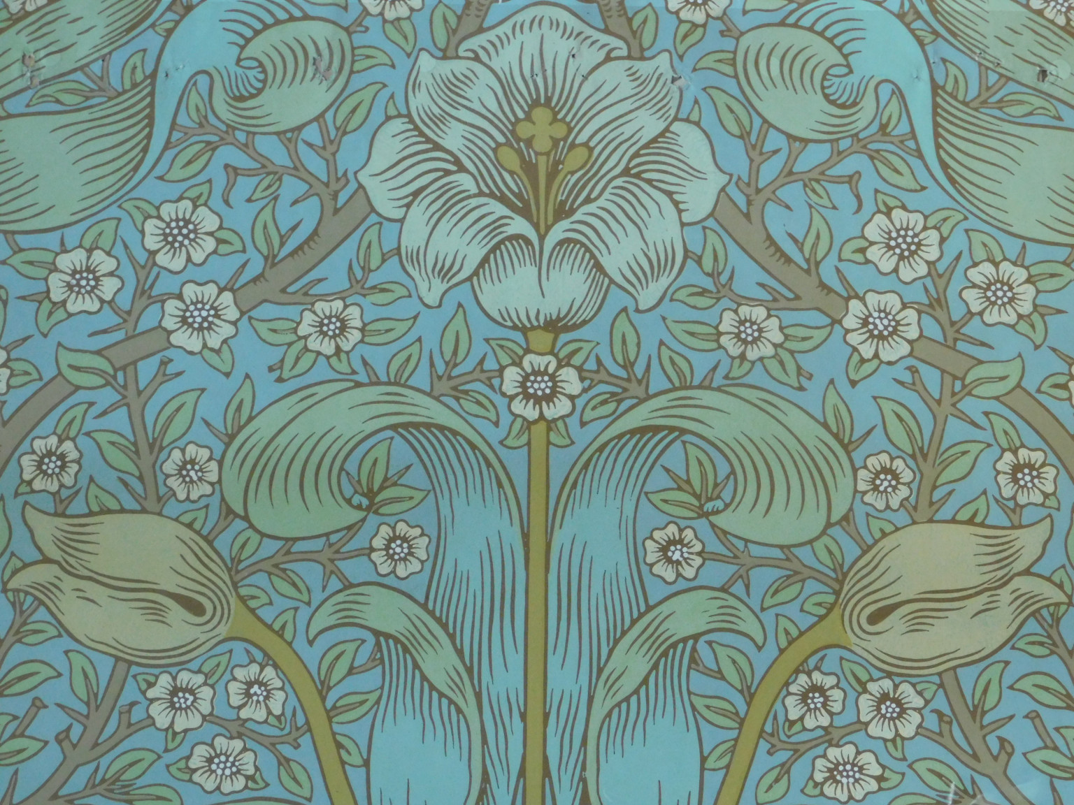 'Spring Thicket' wallpaper, Morris & Co.