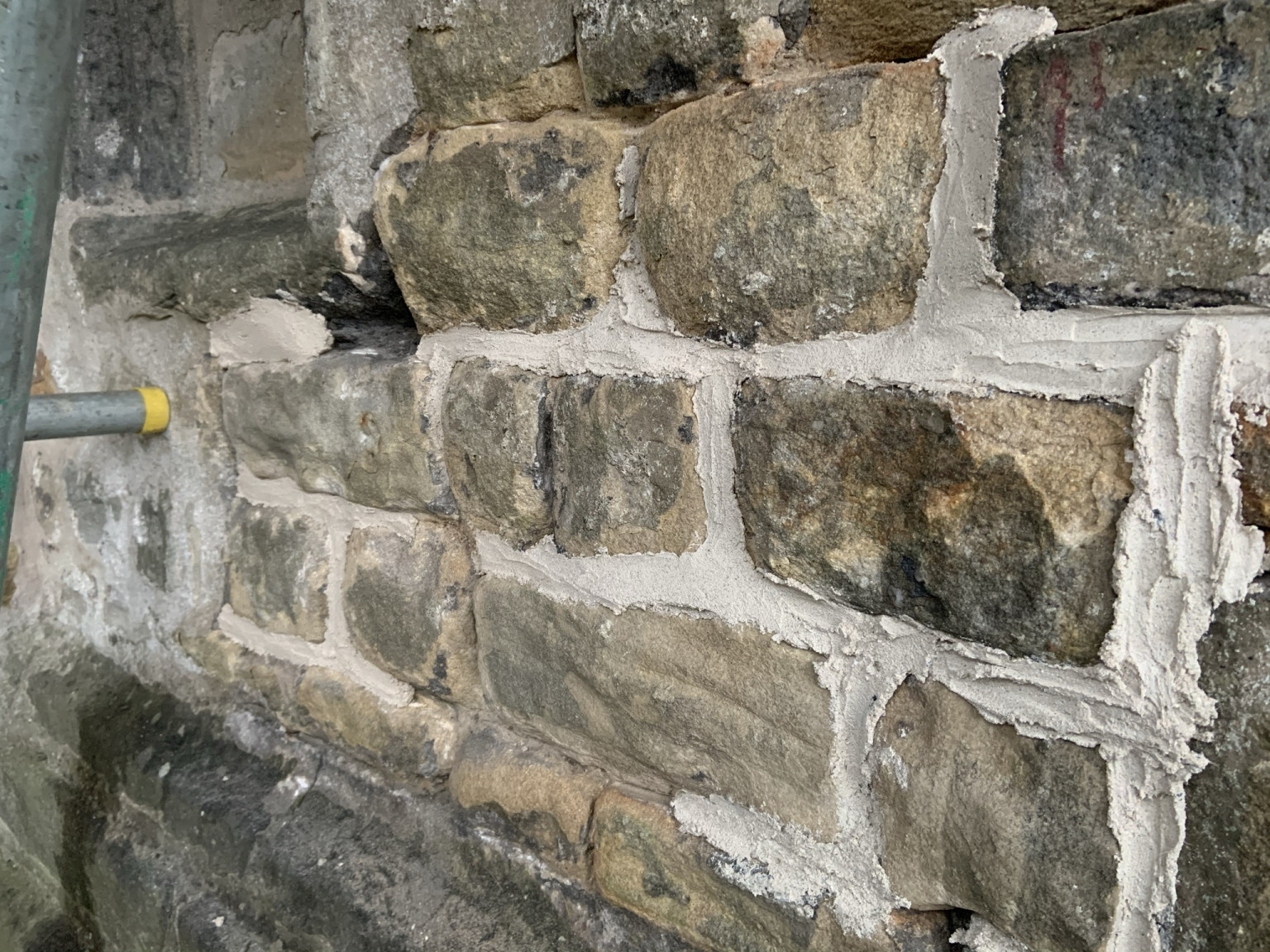 Fresh lime pointing