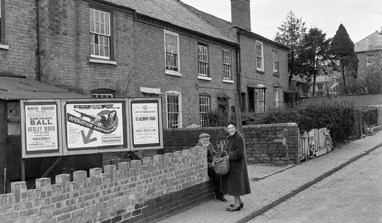 c.1959 Spring Gardens in Worcester before clearance