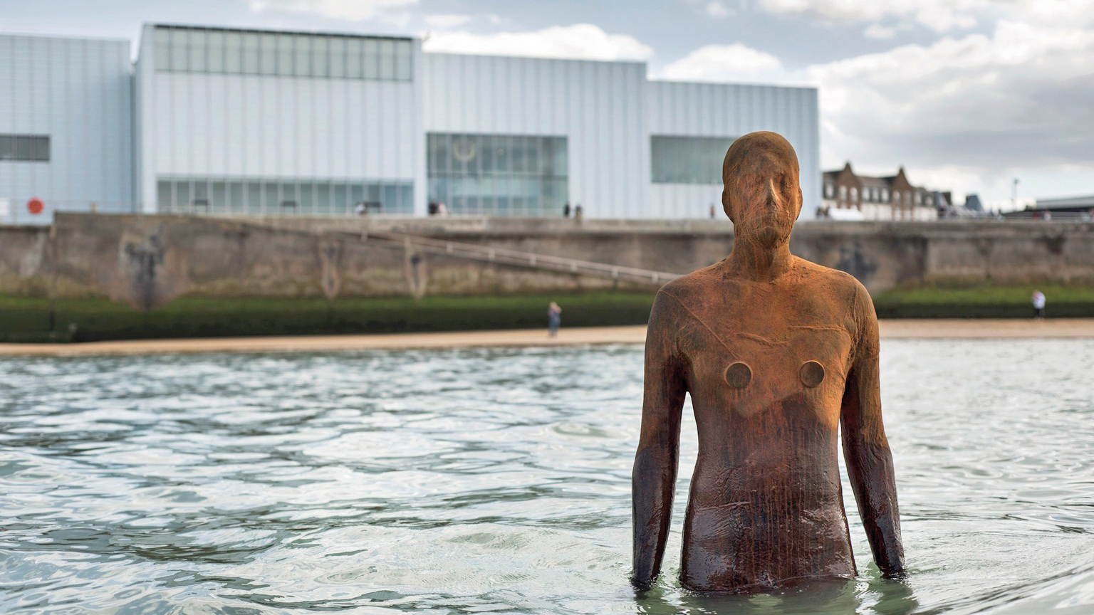 Turner Contemporary, Antony Gormley, Another Time, Image courtesy Turner Contemporary. Photo © Thierry Bal