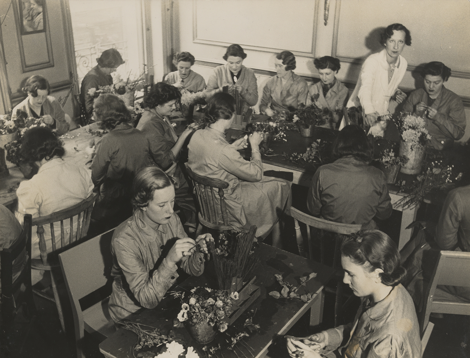 Workroom at Constance Spry's Marylebone Road School of Floristry, c.1940, photographer unknown, RHS Lindley Collections